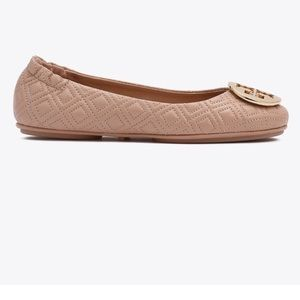 Tory Burch quilted Minnies size 7 Goan sand
